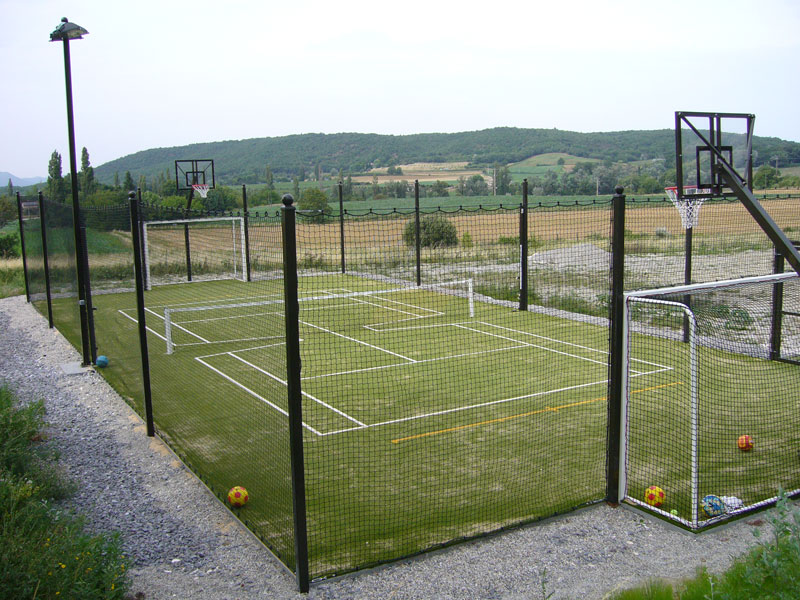 creating a halfcourt multisport synthetic grass tennis du midi. Black Bedroom Furniture Sets. Home Design Ideas