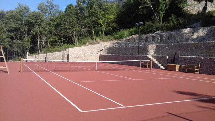 Construction court tennis terre battue