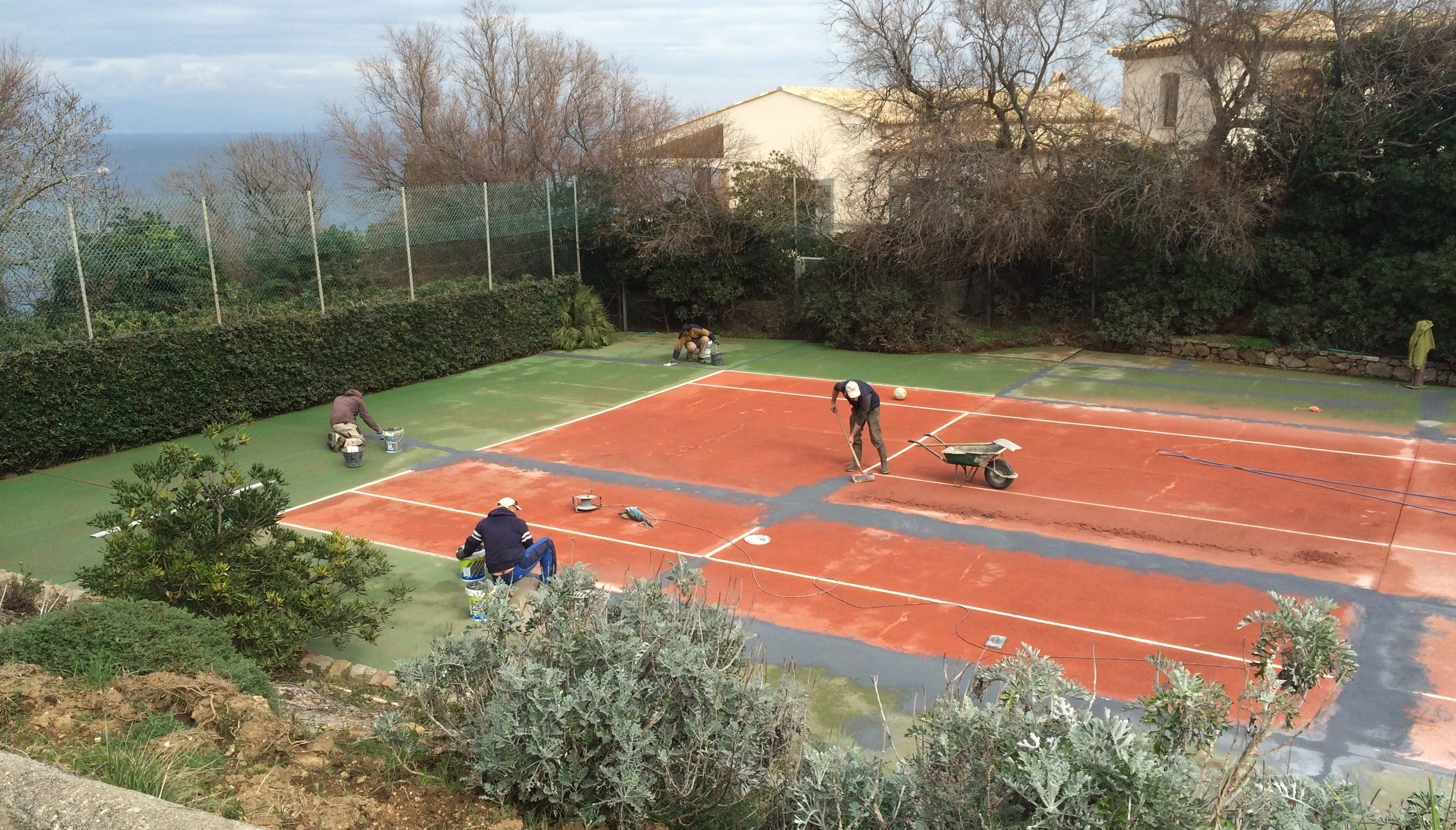 maintenance synthetic grass court tennis du midi. Black Bedroom Furniture Sets. Home Design Ideas